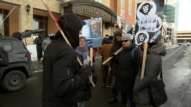 Des syndiqués de LANEQ ont manifesté dimanche à Québec.