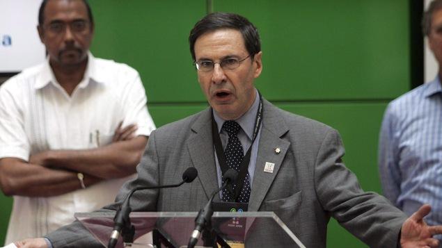 Le docteur Mark Wainberg lors d'une conférence à Toronto en août 2006.