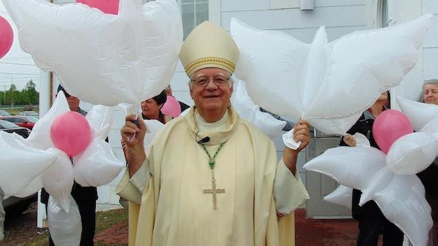 L'évêque du diocèse de Baie-Comeau, Jean-Pierre Blais