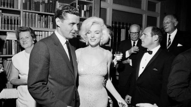 Marilyn Monroe en compagnie de l'ex-président des États-Unis, John F. Kennedy, en 1962.