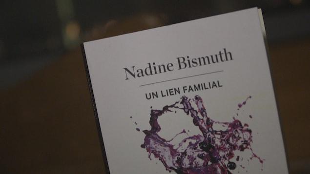 Couverture du livre « Un lien familial » de l'auteure Nadine Bismuth