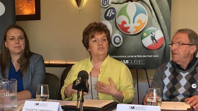 Martine Desjardins, Claudette Carbonneau (présidente du groupe OUI-Québec) et Martin Boucher