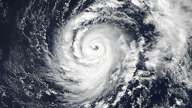 L'ouragan Ophelia photographié depuis l'espace.