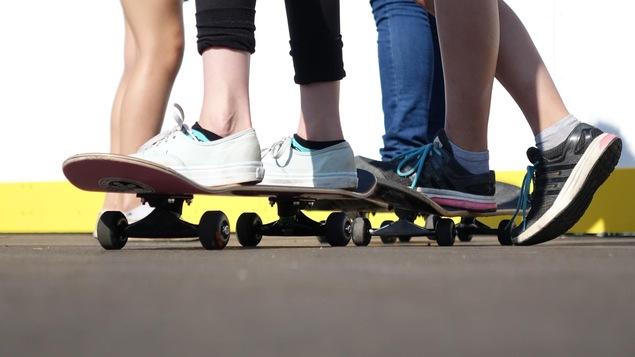 Les jeunes ont déposé une lettre au conseil municipal demandant de nouvelles installations sportives.
