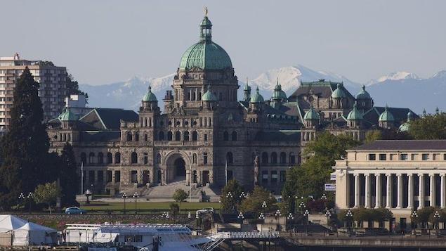 Photo du parlement britanno-colombien à Victoria.