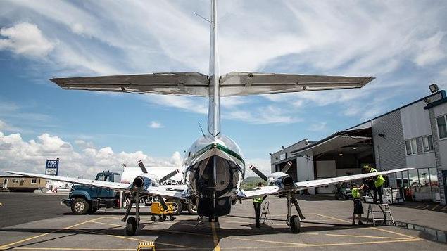 Avion au sol