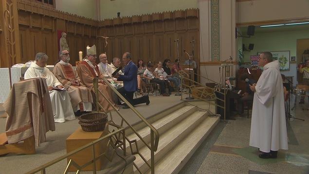 L'archevêque de Sherbrooke, Mgr Luc Cyr, a présidé la cérémonie