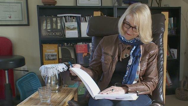 Pierrette Requier est la poète officielle de la Ville d'Edmonton