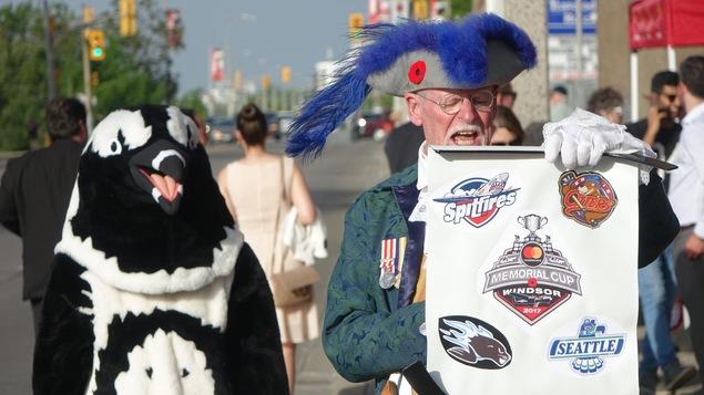 Plusieurs curiosités s'offraient aux spectateurs de la parade de la Coupe Memorial 2017 à Windsor.