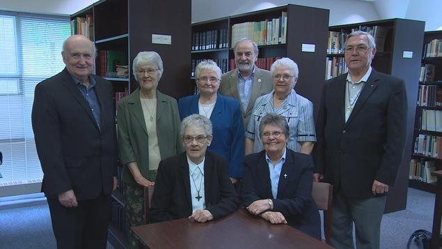 Les archives des cinq communautés religieuses, qui dressent un portrait de la francophonie manitobaine à travers les époques, seront conservées au Centre du patrimoine, à Saint-Boniface.