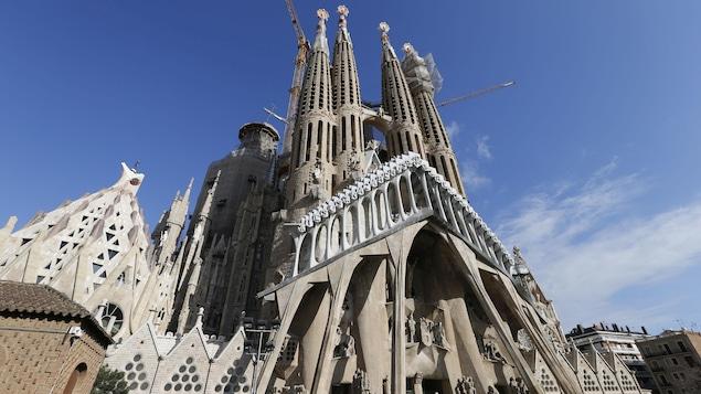 Opération antiterroriste en cours, la Sagrada Familia évacuée — Barcelone