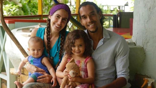 Sara Ouellette-Subero avec sa famille
