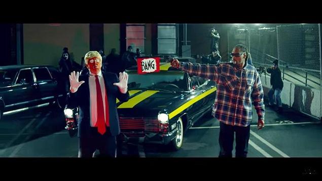 Une scène du vidéoclip « Lavender » de Snoop Dogg