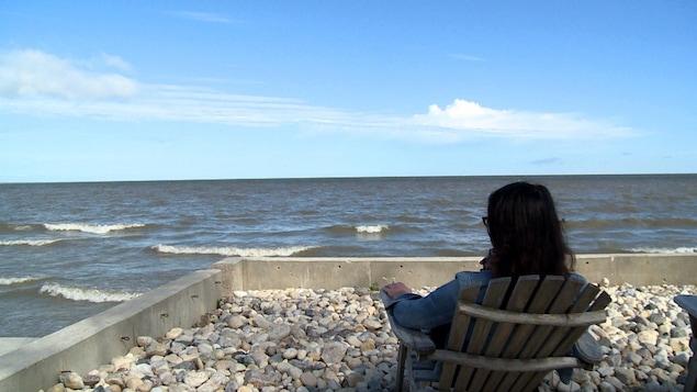 Suzanne Beaumont sur l'île Willow près de Gimli, au bord du lac Winnipeg au Manitoba