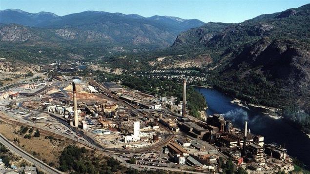 La fonderie de la minière Teck à Trail en Colombie-Britannique