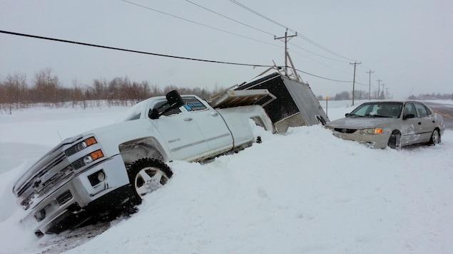 Plusieurs sorties de route sont signalées dans la région de Québec.