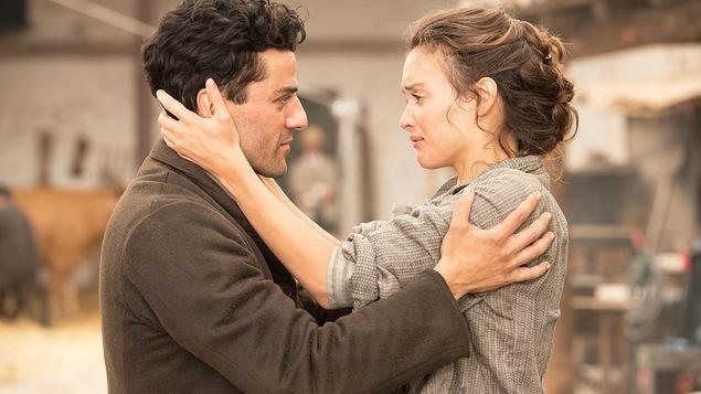Oscar Isaac et Charlotte Le Bon dans « The Promise »