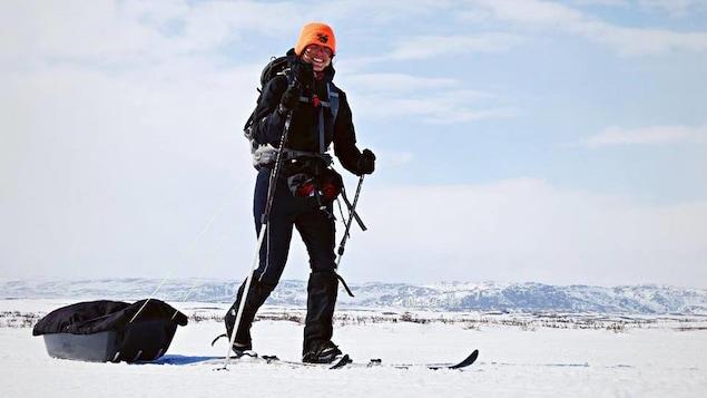 Éloïse Demers-Pinard traverse la Basse-Côte-Nord en ski de fond .
