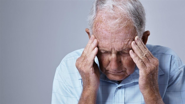 Personne âgée, maladie d'Alzheimer