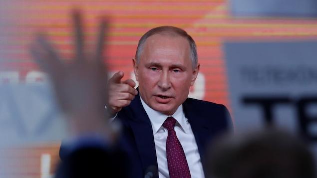 Vladimir Poutine accuse les agences américaines d'avoir manipulé les preuves de dopage
