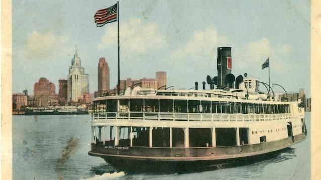 Reproduction d'une carte postale sur laquelle on voit un ferry.