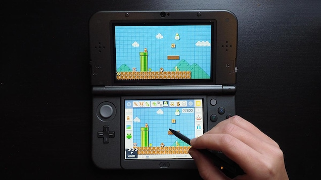 Le jeu Super Mario Maker pour Nintendo 3DS permet de créer des niveaux de la franchise Super Mario Bros.