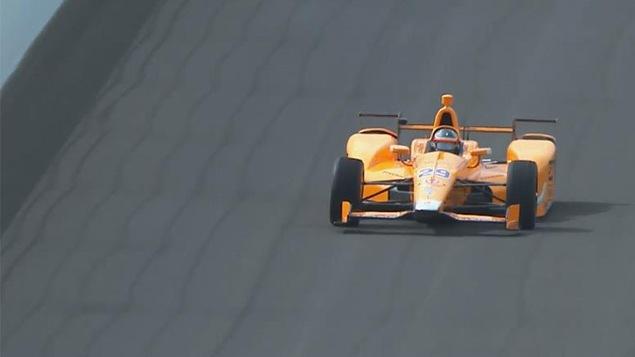 Alonso retourne à l'auto-école — Indianapolis