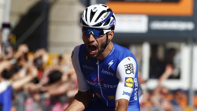 23h47 Un nouveau leader sur le Giro