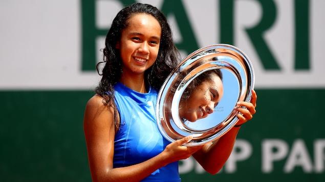 Leylah Annie Fernandez championne junior à Roland-Garros