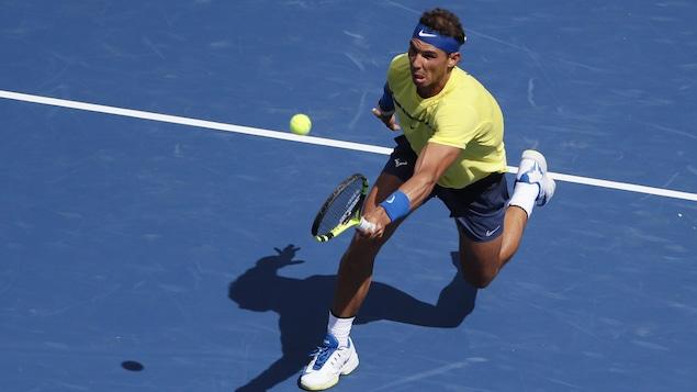 Nadal rejoint Kyrgios en quarts