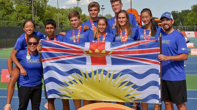 La Colombie-Britannique a terminée au deuxième rang de l'épreuve en équipe mixte, au tournoi de tennis des Jeux du Canada