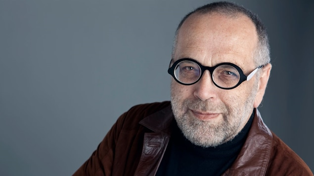 Michel Lacombe s'entretient avec Joseph Yvon Thériault