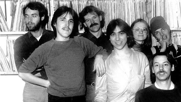 Guy A. Lepage en 1980 avec ses camarades de Rock et Belles Oreilles