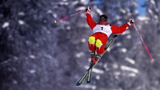 Jean-Luc Brassard lors de la descente qui lui a valu l'or au Olympiques de Lillehammer.