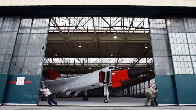 Une reproduction de l'Avro CF-105 Arrow est dévoilée en 2006, au Toronto Aerospace Museum, fermé depuis 2011.