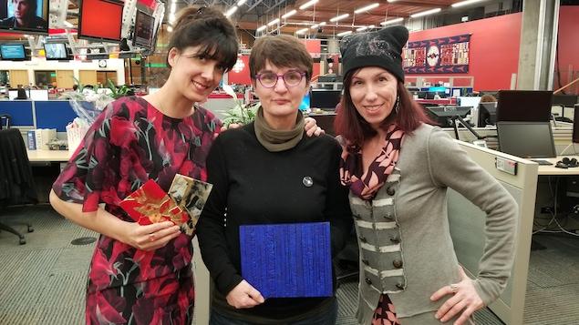 Les artistes Aurélia Bizouart, Catherine Tableau, et Chantal Cardina