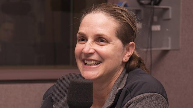 Sylvie Fréchette en entrevue au studio 30 de Radio-Canada, à Montréal, en février 2018