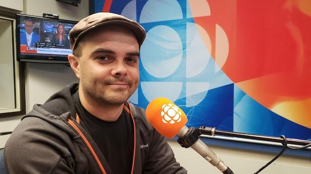 Dario Larouche en studio