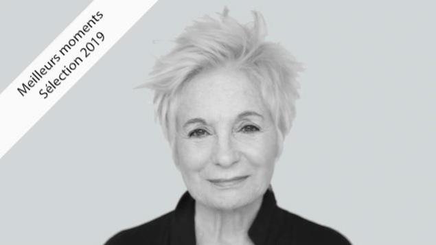 Un portrait en noir et blanc de Louise Latraverse.