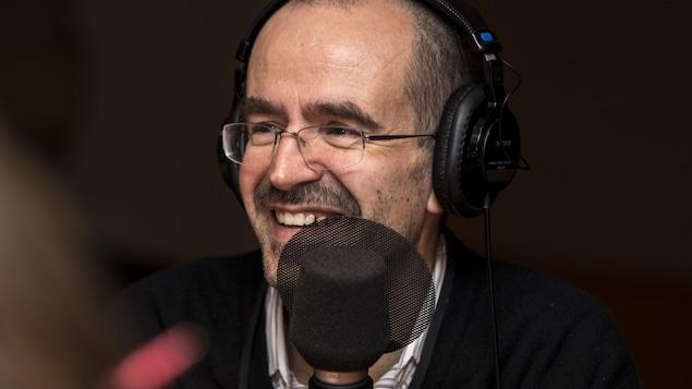 Le professeur du Département de science politique de l'Université de Montréal Guillermo Aureano