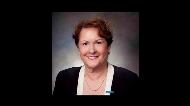 La médecin Ginette Gagné-Koch est l'une des récipiendaires de la Médaille pour les bénévoles remise par la gouverneur générale du Canada, Julie Payette.