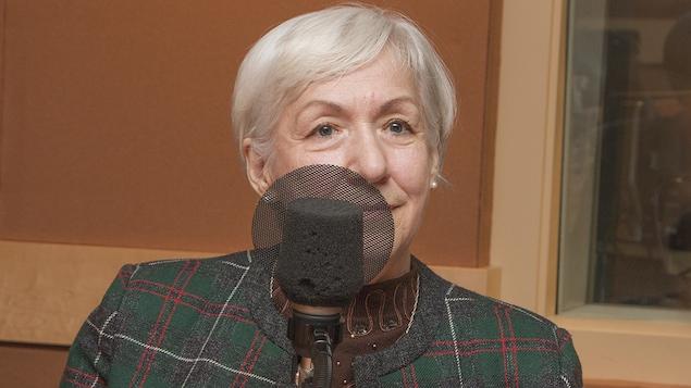 Marjolaine Dion au micro de Catherine Perrin.
