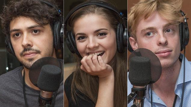 Thomas Gauthier, Alice Morel-Michaud et Émile Roy au micro de Stéphan Bureau.