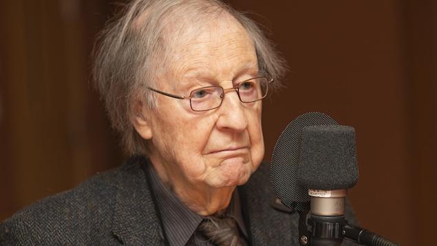Le sociologue Guy Rocher au micro de Catherine Perrin.