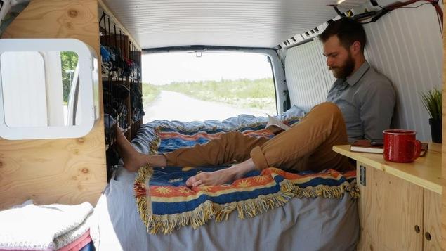 Philippe Loignon habite sa van en été depuis avril 2018