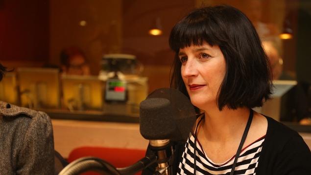 Céline Lafontaine dans le studio de La sphère.