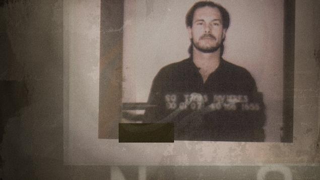 Claude Riendeau sur une photographie d'identité judiciaire de la Sûreté du Québec