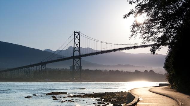 Le pont Lions Gate à Vancouver