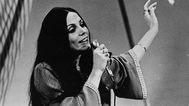 Renée Claude de passage à l'émission « Zoom » en 1969
