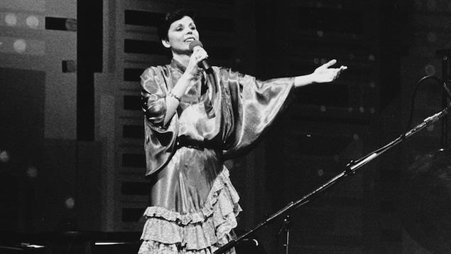 Renée Claude sur scène